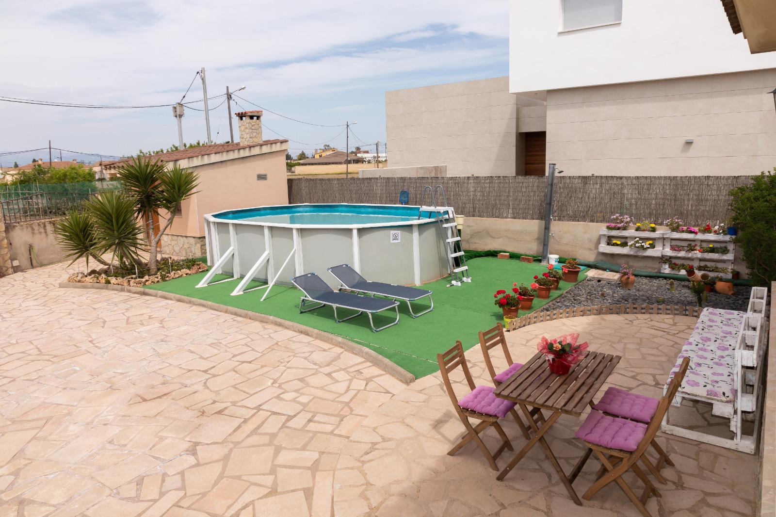 Casa adossada -                                       Deltebre -                                       3 dormitoris -                                       5 ocupants